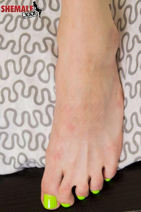 Chelsea Marie Feet