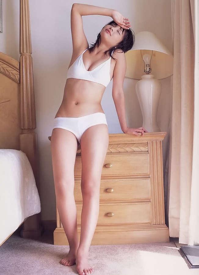 Mami Yamasaki Feet