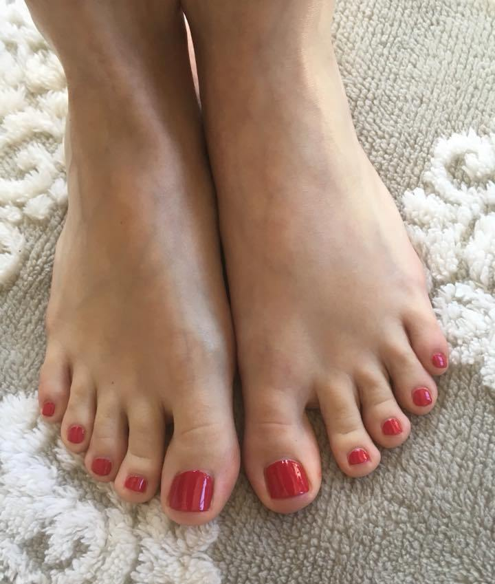 Inga Tislar Feet