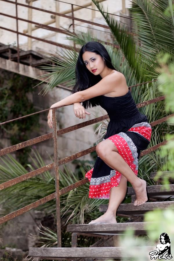 Nicole Fong Feet