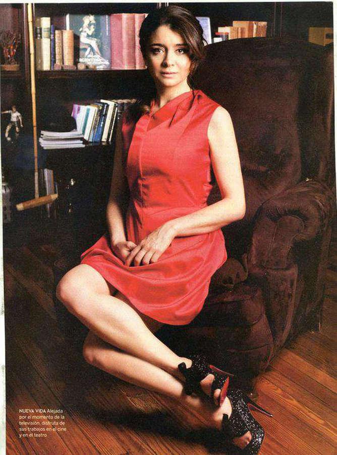 Erica Rivas Feet