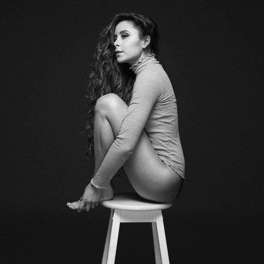 Camila Gallardo Feet