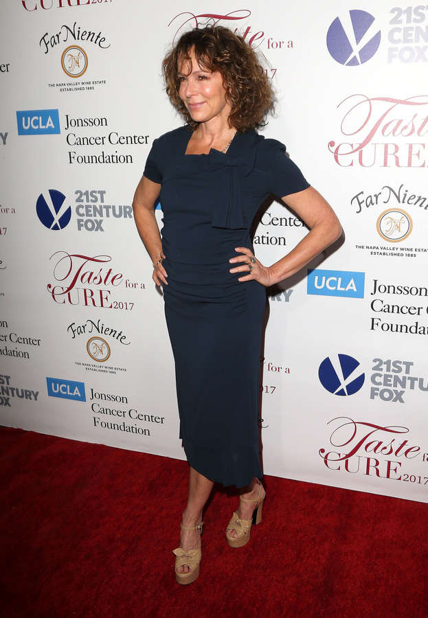 Jennifer Grey Feet