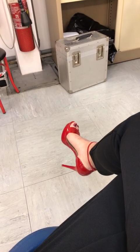 Elisa DOspina Feet