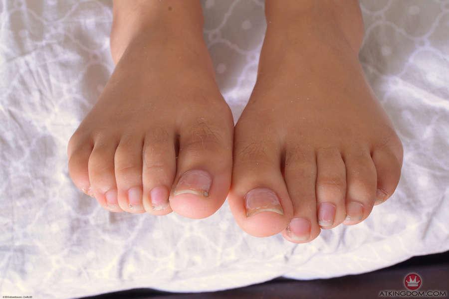Maya Bijou Feet