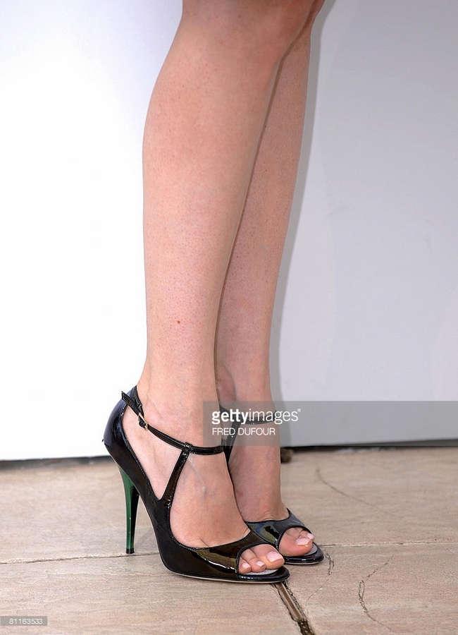 Vinessa Shaw Feet