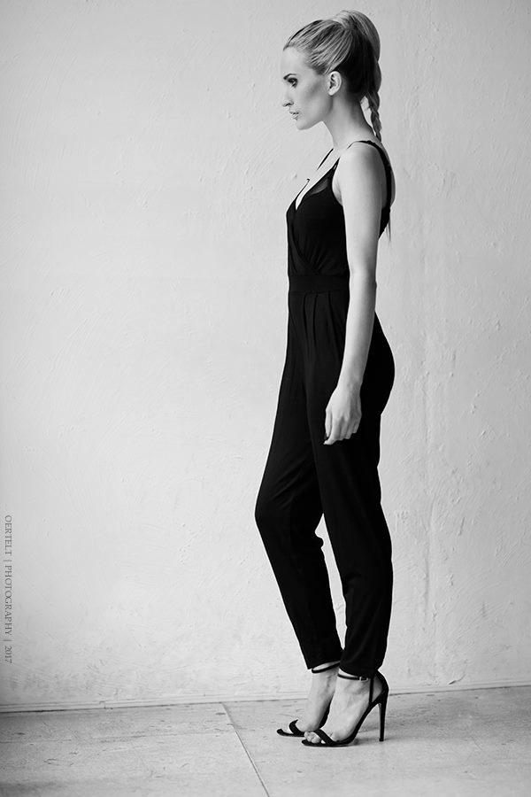 Miranda Schunke Feet