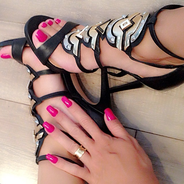 Andrea De Andrade Feet