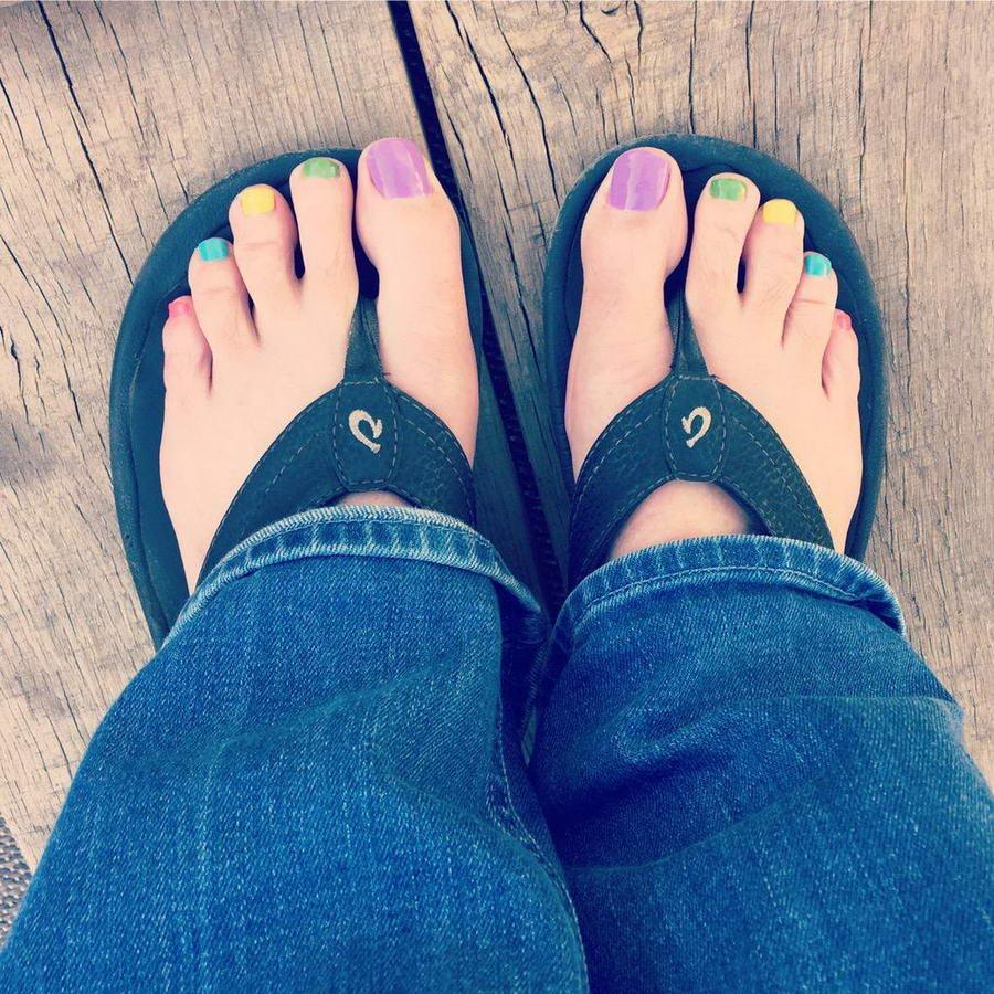 Carrie Clifford Feet
