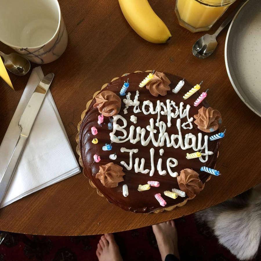 Julie Hoomans Feet