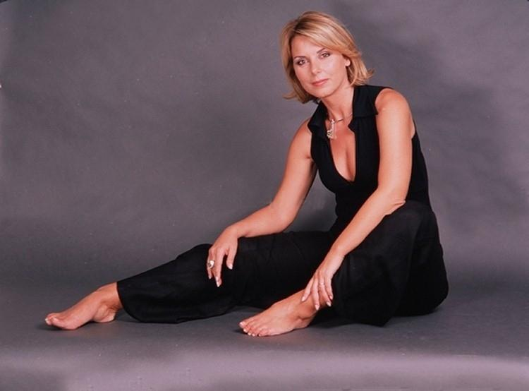 Monica Leofreddi Feet