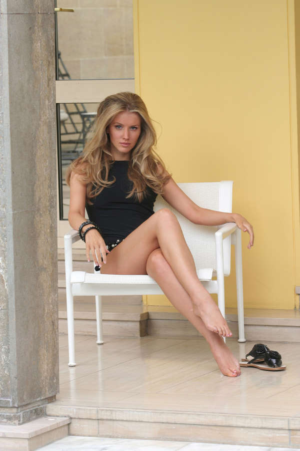Tiffany Mulheron Feet