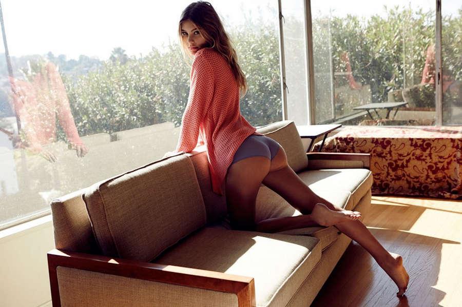 Camila Morrone Feet