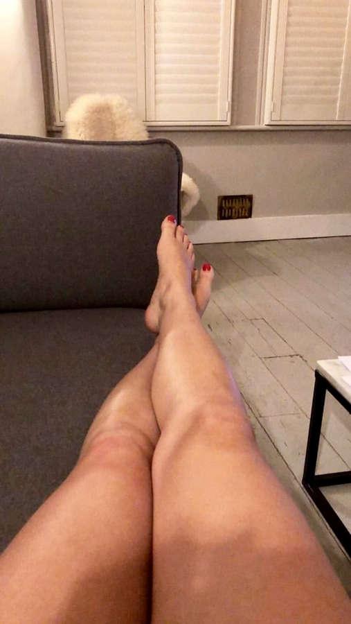 Georgia Hirst Feet