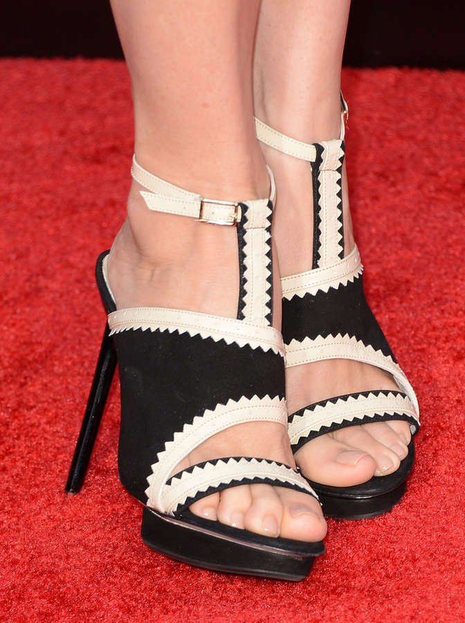 Embeth Davidtz Feet