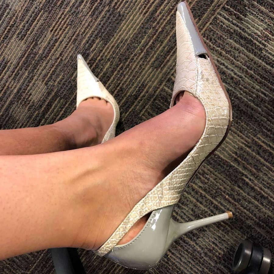 Annette Lawless Feet