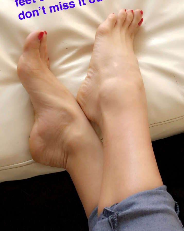Henessy Feet