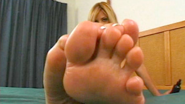 Allysin Chaynes Feet