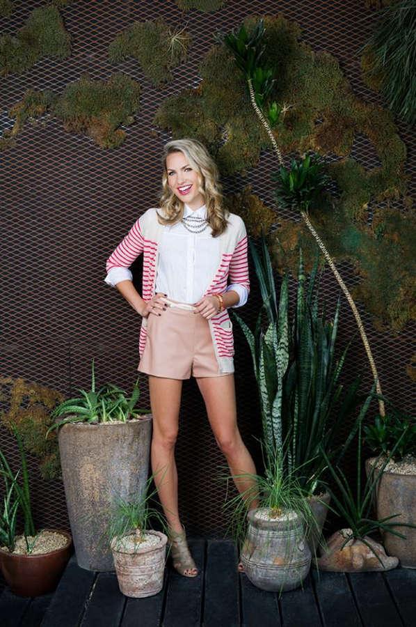Taylor Ellison Feet