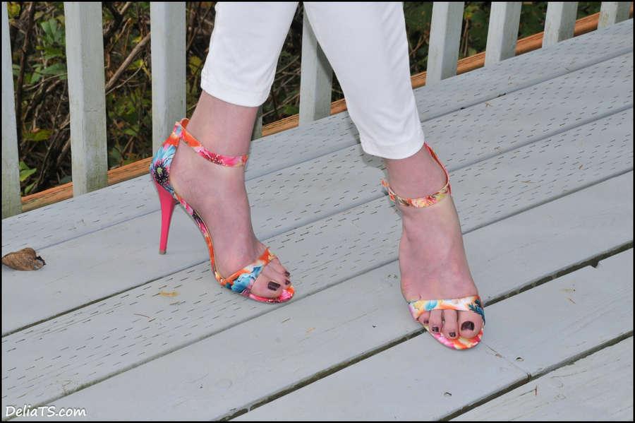 Delia DeLions Feet