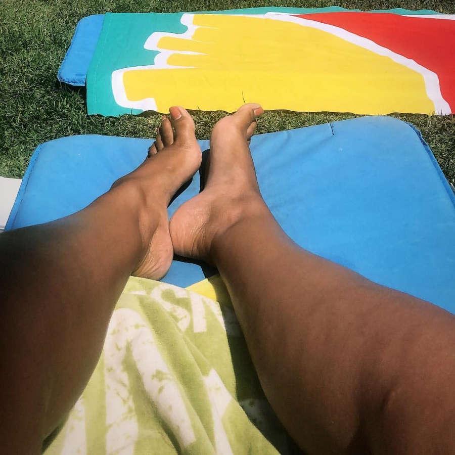 Ines Simoes Feet