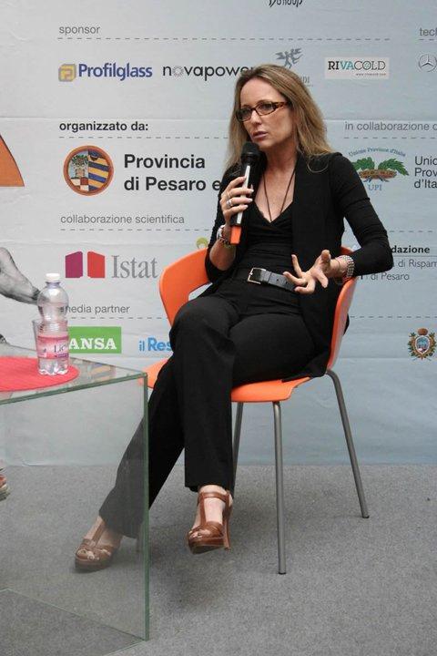 Maria Luisa Busi Feet