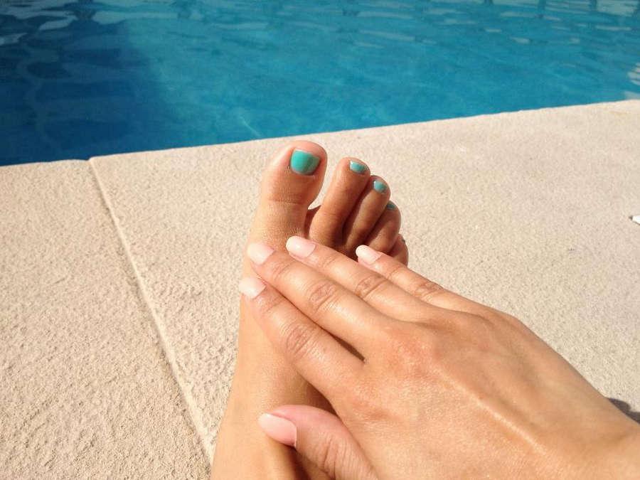 Melania Gomes Feet