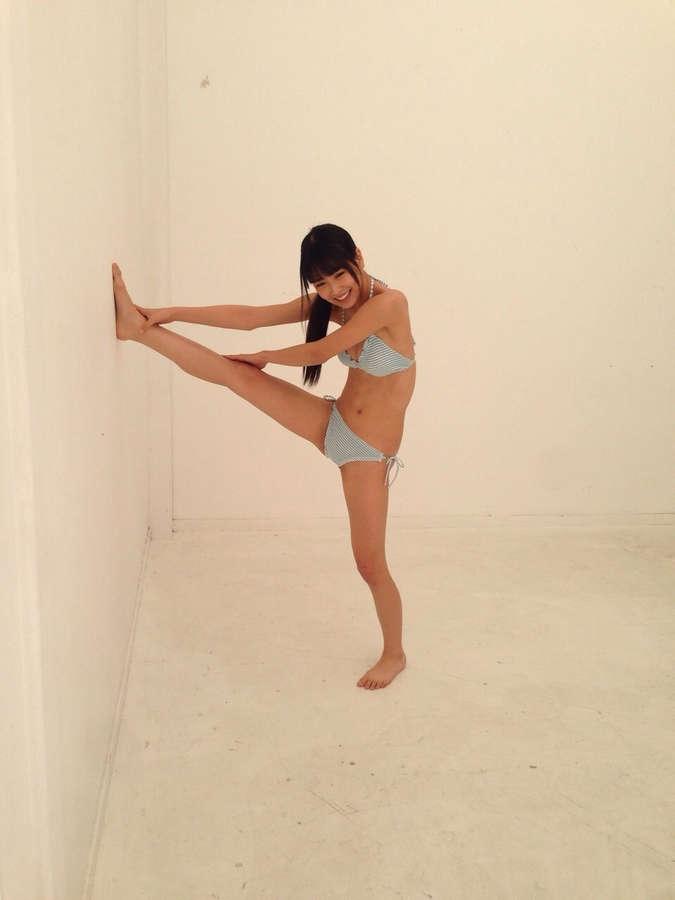Miru Shiroma Feet