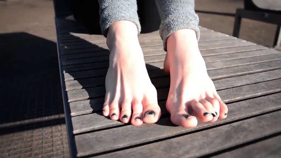Silvia Rubi Feet