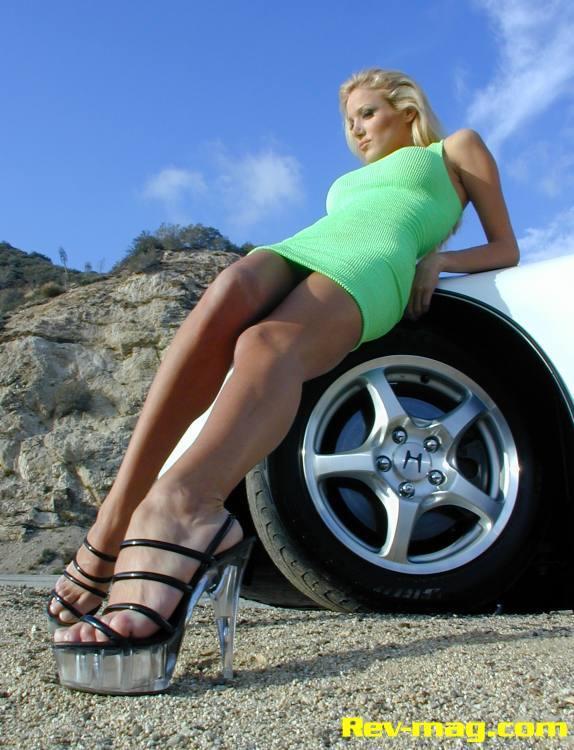 Amanda Swisten Feet