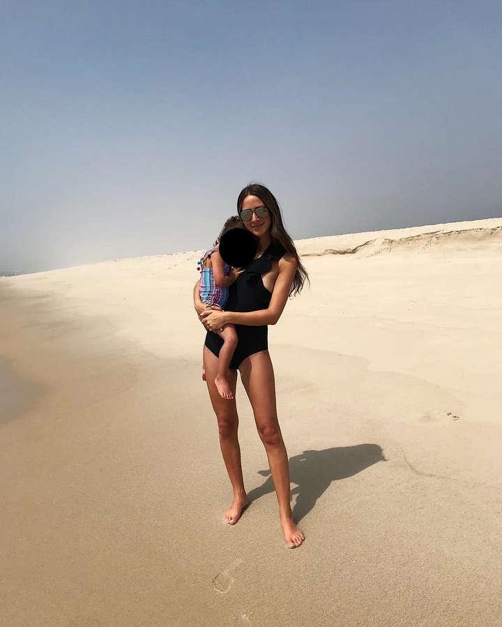 Arielle Charnas Feet