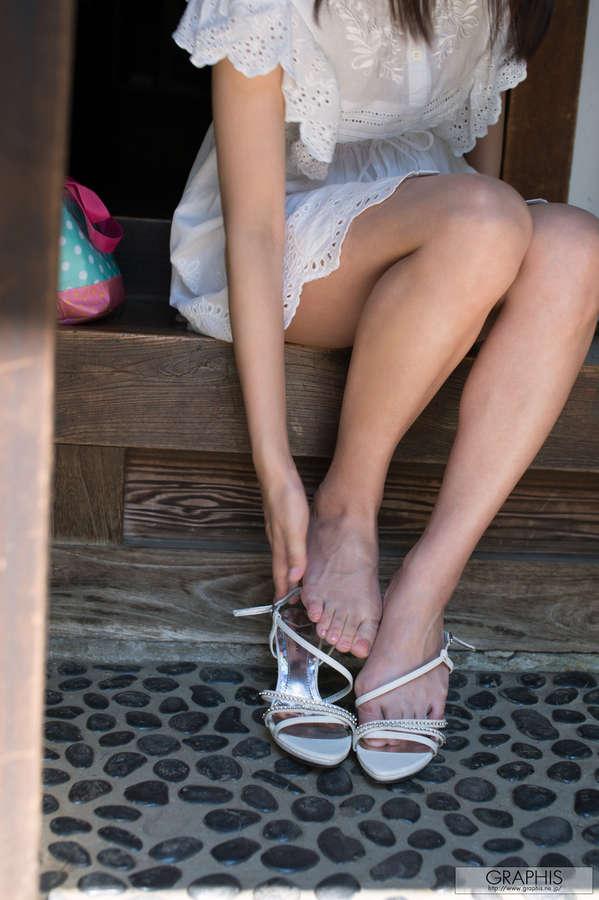 Tsubomi Feet