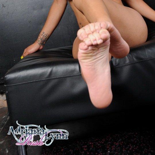 Nicole Starr Feet
