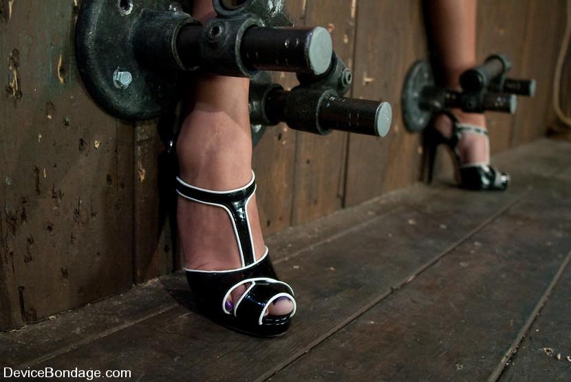 Brianne Grant Feet
