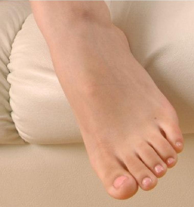 Miu Hatsune Feet
