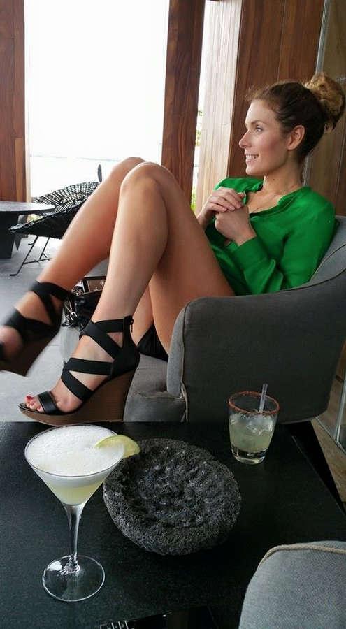 Lauren Hammersley Feet