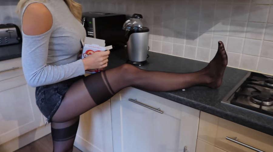 Gabrielle Taylor Feet