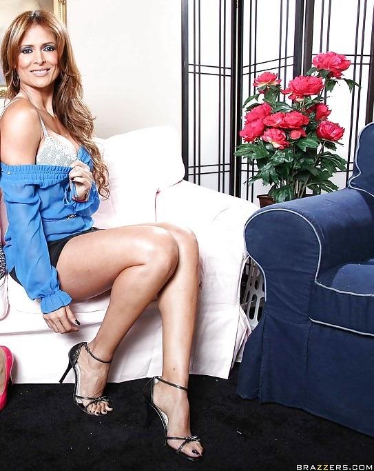 Monique Fuentes Feet