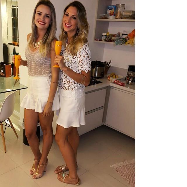 Ariele Ferreira Feet