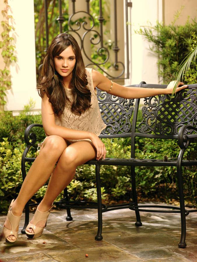 Alexandra Pomales Feet