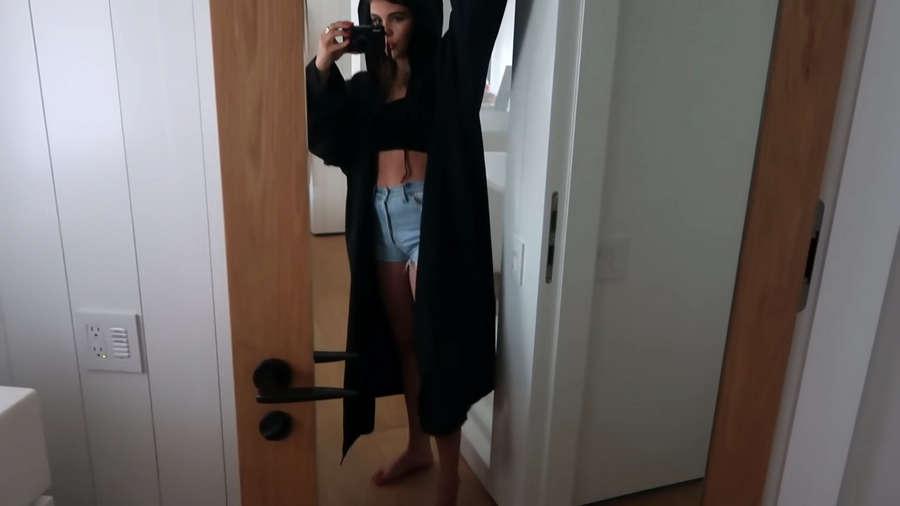 Olivia Jade Feet
