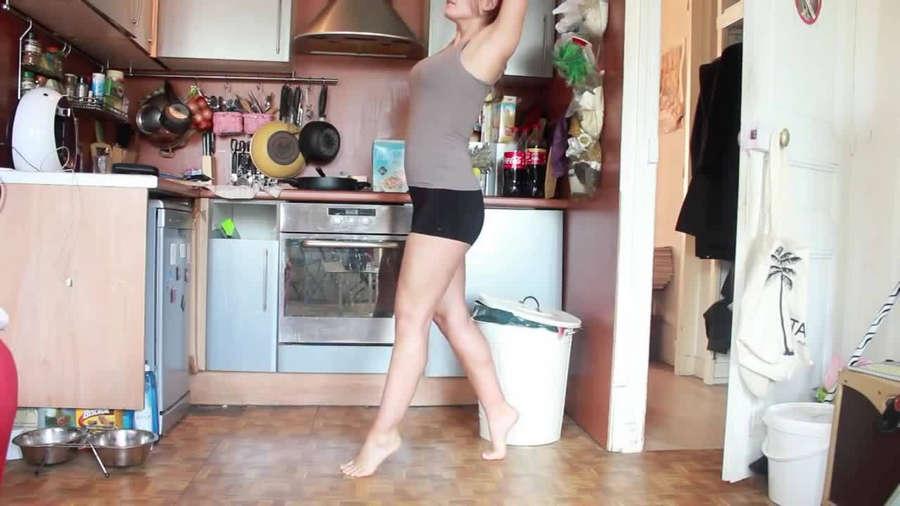 Eleonore Costes Feet