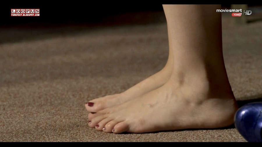 Nesrin Cavadzade Feet