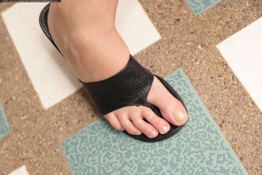 Denisa Brazdova Feet
