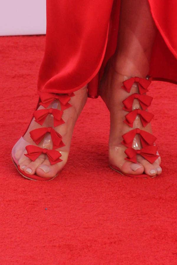 Gretchen Mol Feet