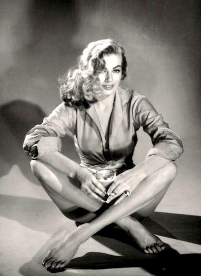 Anita Ekberg Feet