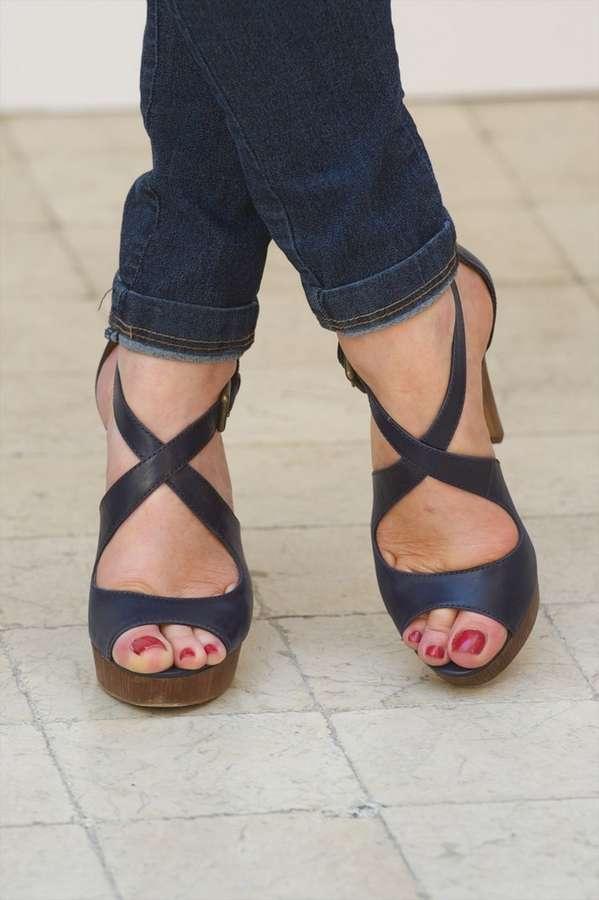 Gracia Querejeta Feet