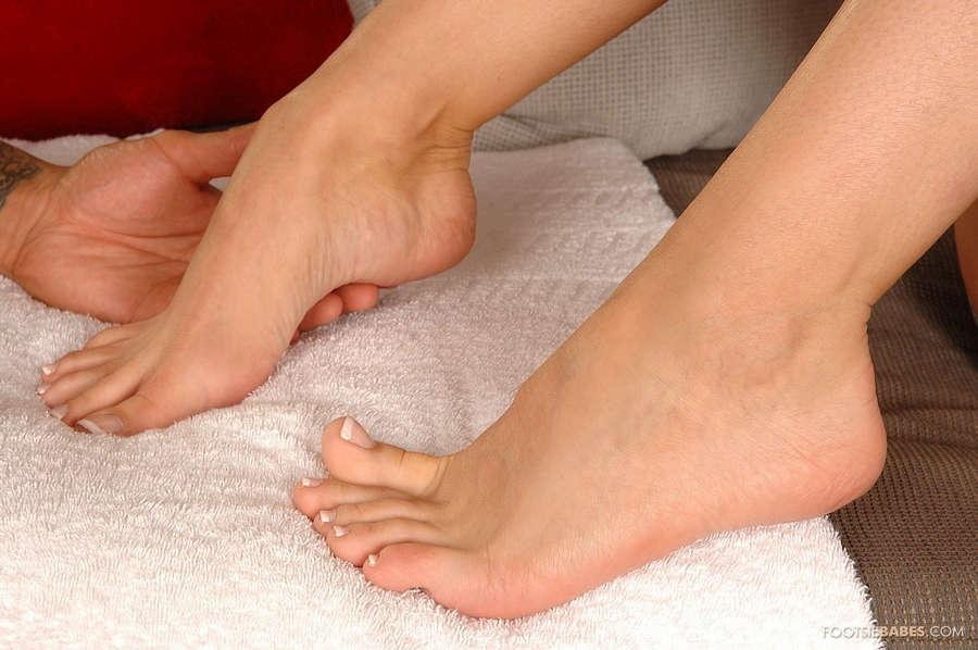 Natali DiAngelo Feet