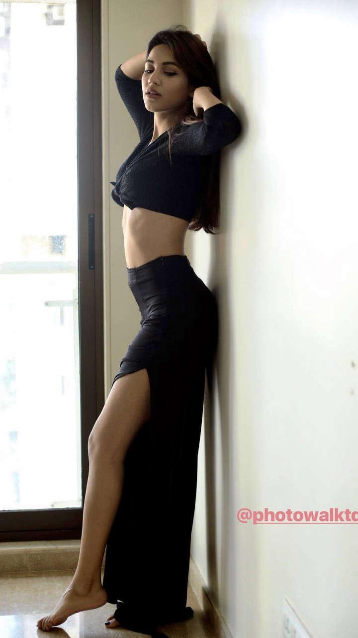 Shivani Singh Feet