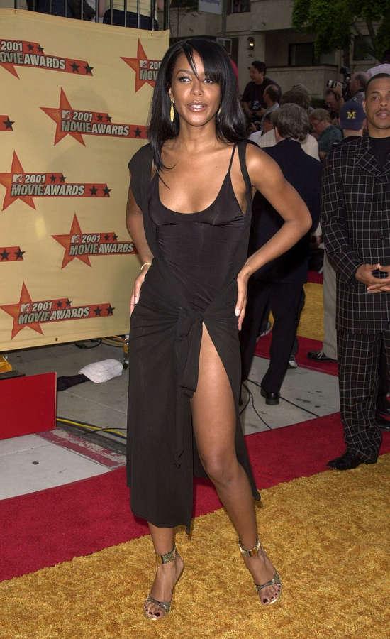 Aaliyah Feet
